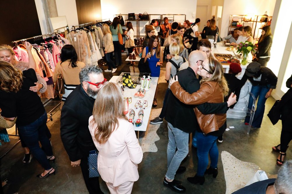 CatMax_Photography_Luxury_Garage_Sale-0914_preview.jpg