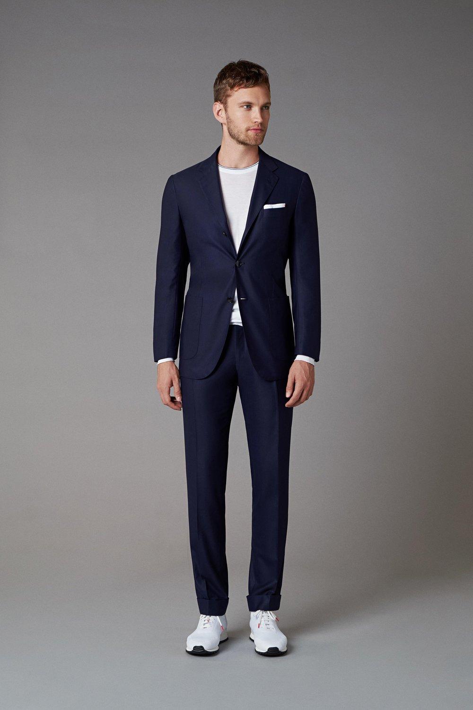 Kiton-Vogue-Menswear-SS19-pr.jpg