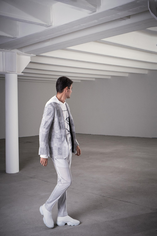 00015-Kiton-Vogue-Menswear-SS19-pr.jpg