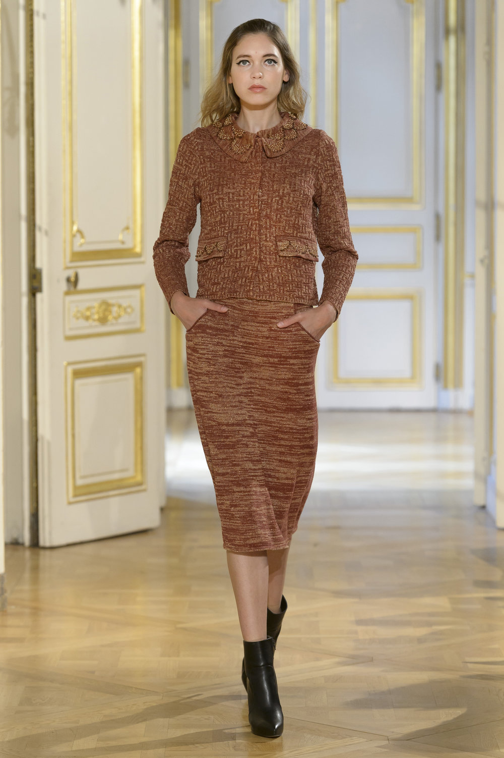 MARIA ARISTIDOU photos defile : fashion show %22Serendipity%22 couture collection automne hiver : fall winter 2018 2019 PFW - © Imaxtree 14.jpg