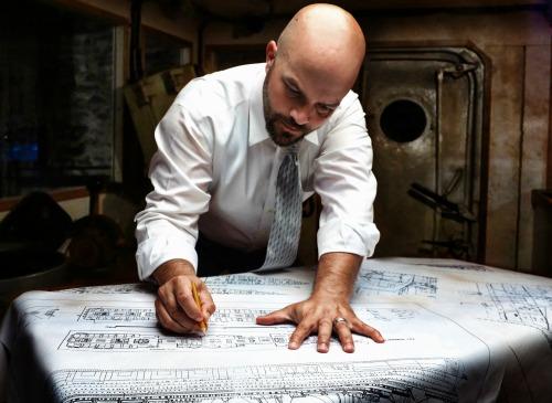 Chris Sizemore as Thomas Andrews, chief designer of the RMS Titanic. Photo: BreeAnne Clowdus