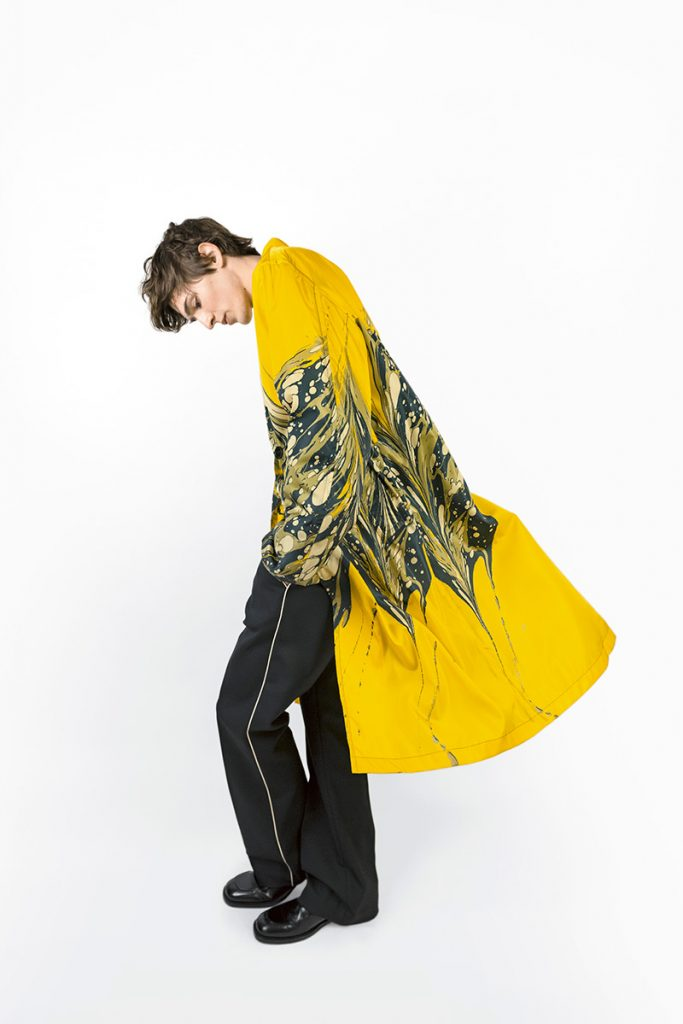 Dries-Van-Noten-Limited-Edition-Marble-Print-Raincoats_fy2-683x1024.jpg