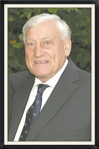 Willie John McBride MBE