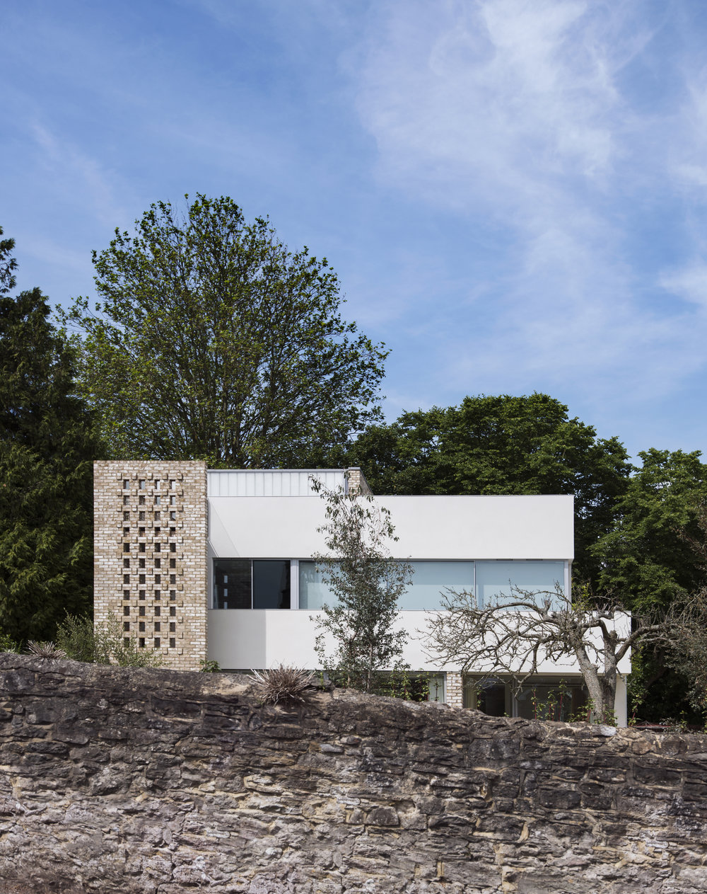 Modern Contemporary Architect Isle of Wight Hampshire Solent Brick White Render Linit RIBA Award
