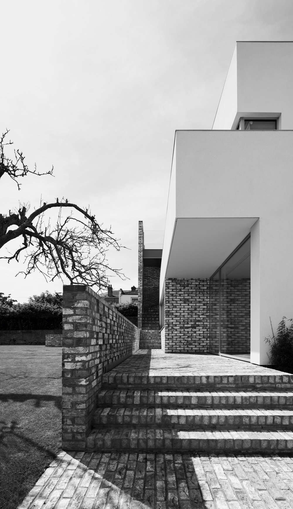 Modern Contemporary Architect Isle of Wight Hampshire Solent House RIBA Award Brick Pathway White Render