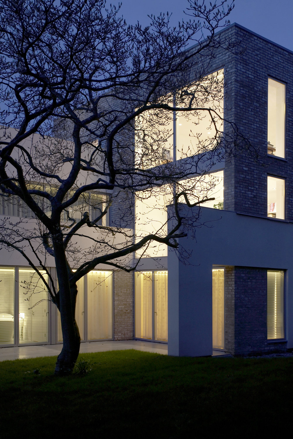 Modern Contemporary Architect Isle of Wight Hampshire Solent House RIBA Award Night Scene