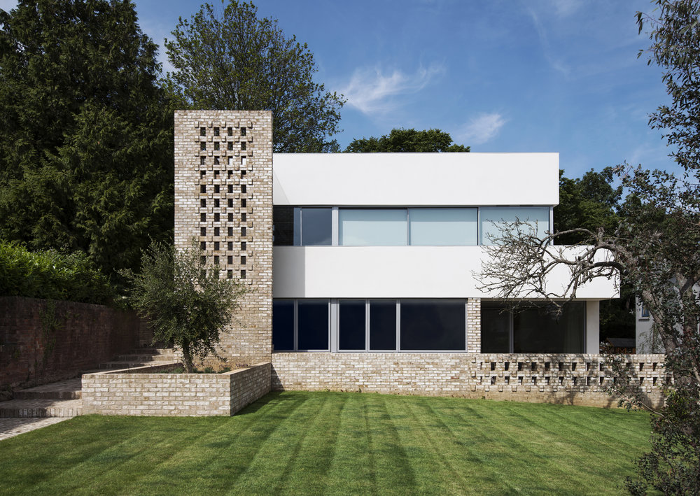 Modern Contemporary Architect, Isle of Wight, RIBA Award, White Render, Glass