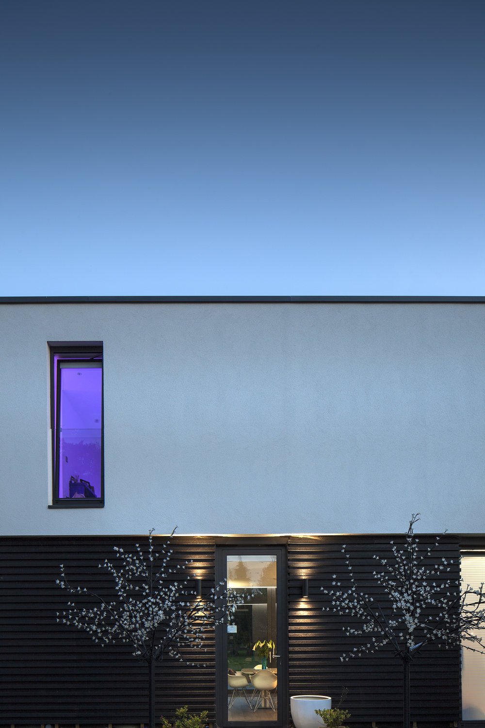 Modern Contemporary Architect Esher Surrey House White Render Box Pilotis