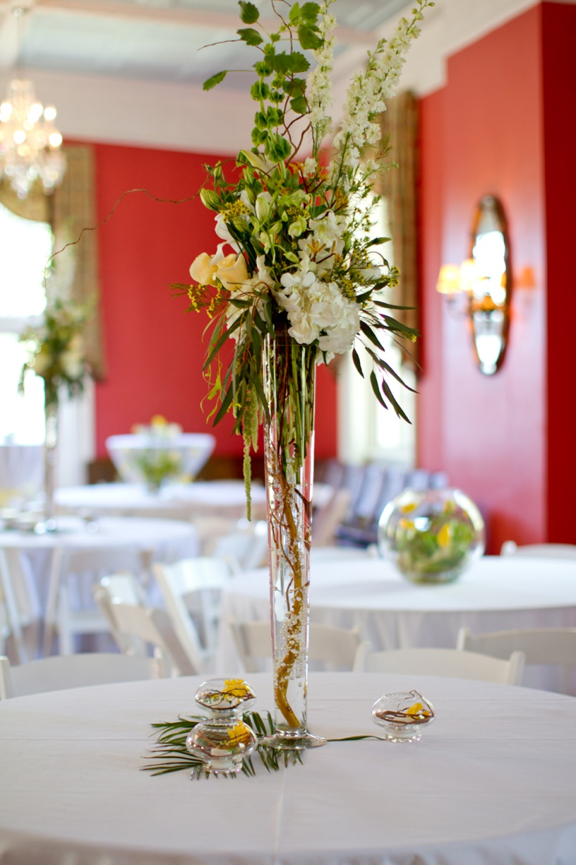 Winyah Indigo Hall - Flower Arrangements