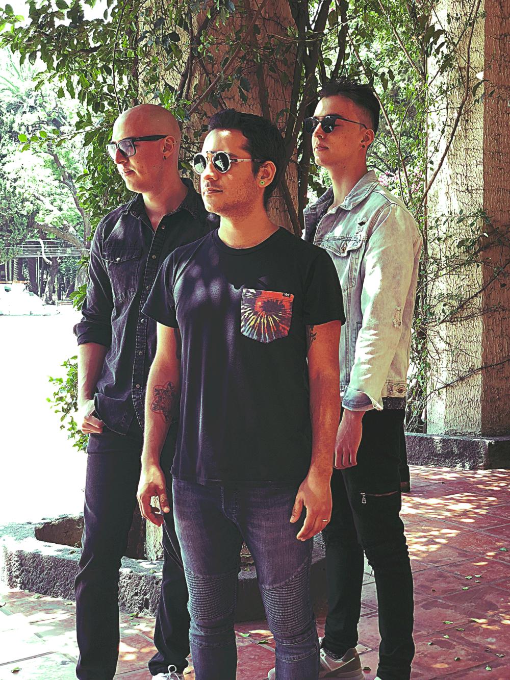 Patiño---Trio-3.png