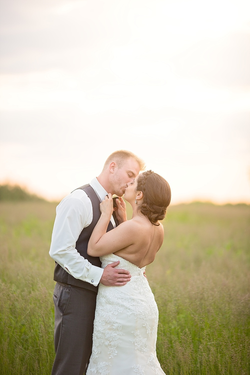 Quad Cities Wedding Photographer | Miriam Bulcher Photography | www.miriambulcher.com