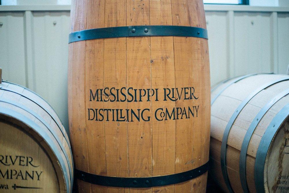 Le claire distilling company