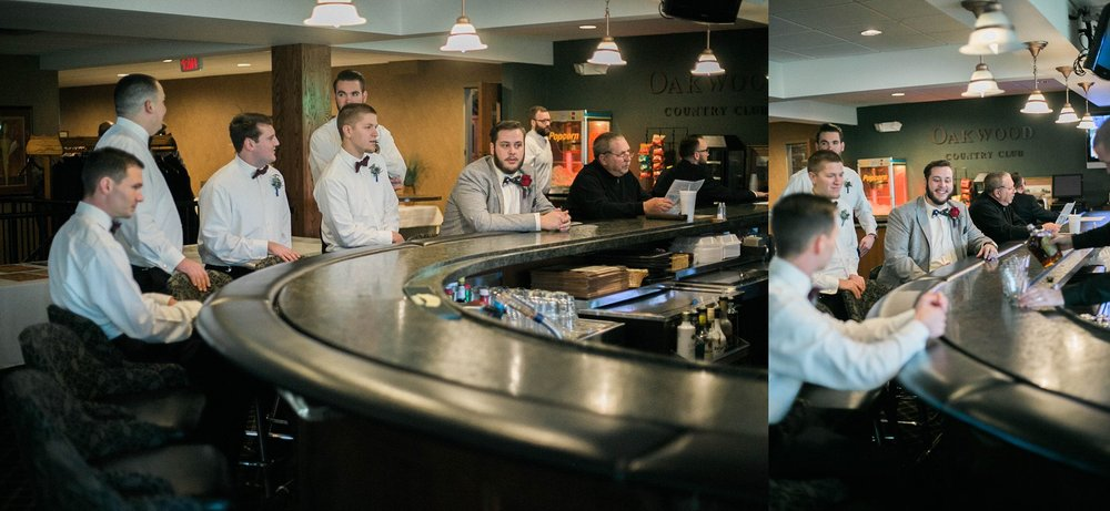 quad cities groomsmen getting ready photos