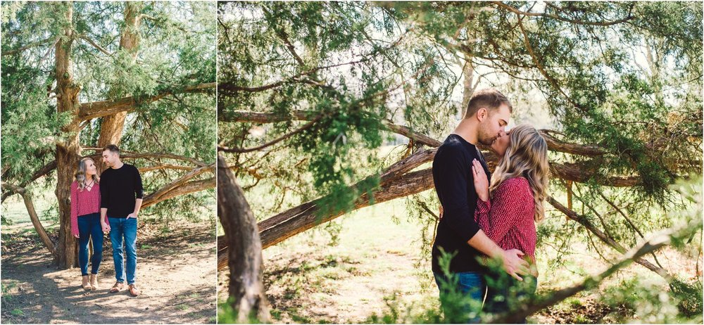 little-rock-wedding-photographer-arkansas-engagement-photographer-burns-park-engagement-photos_0117.jpg