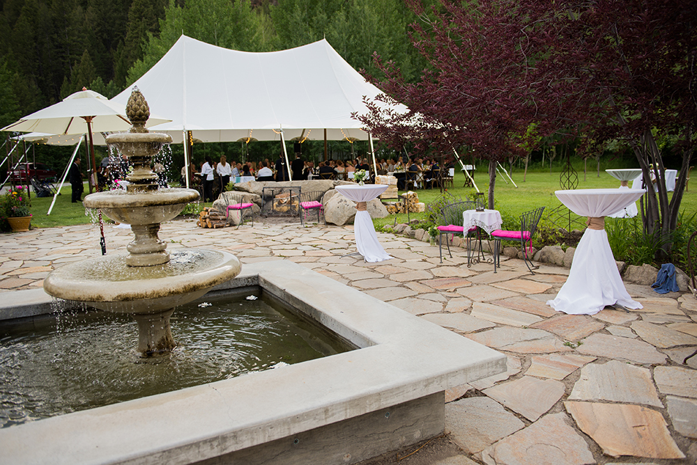 catering tent fountain.jpg