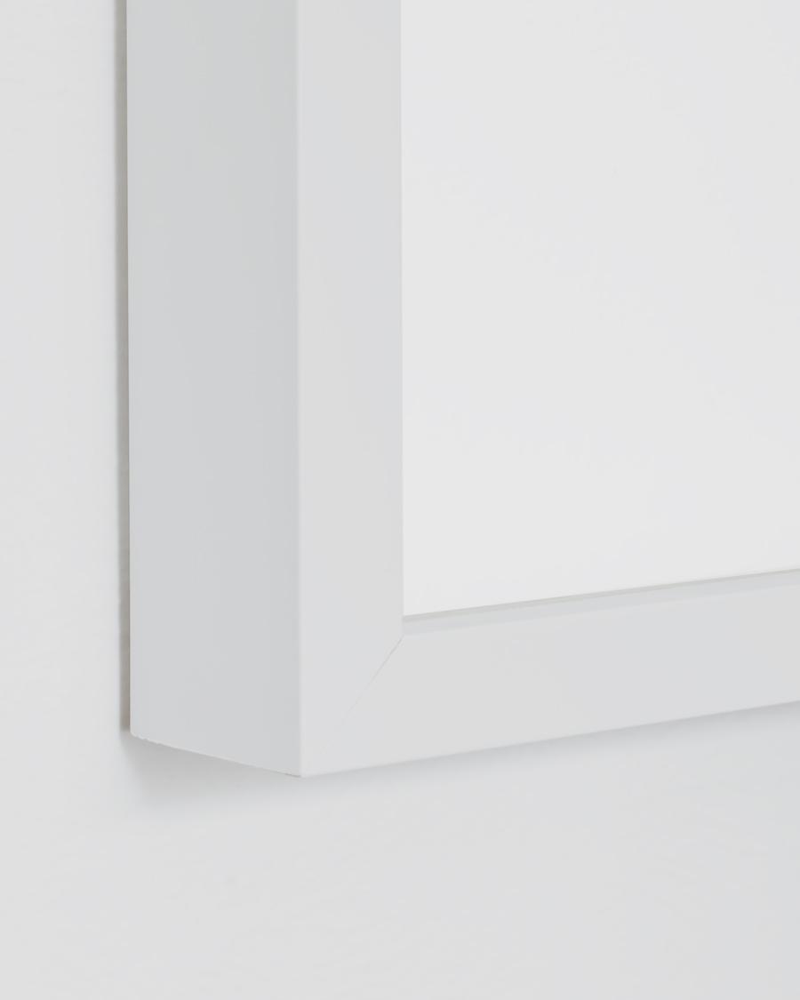 Simple White Frame