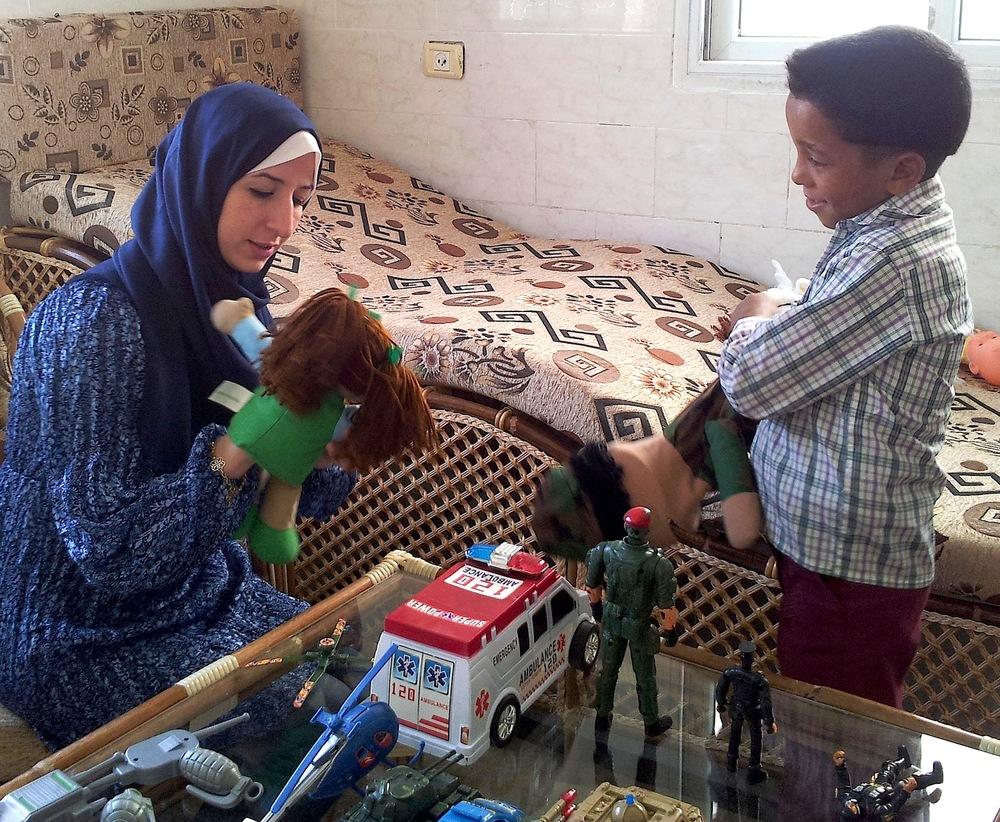 20150503_100404-Child w Puppets.jpg