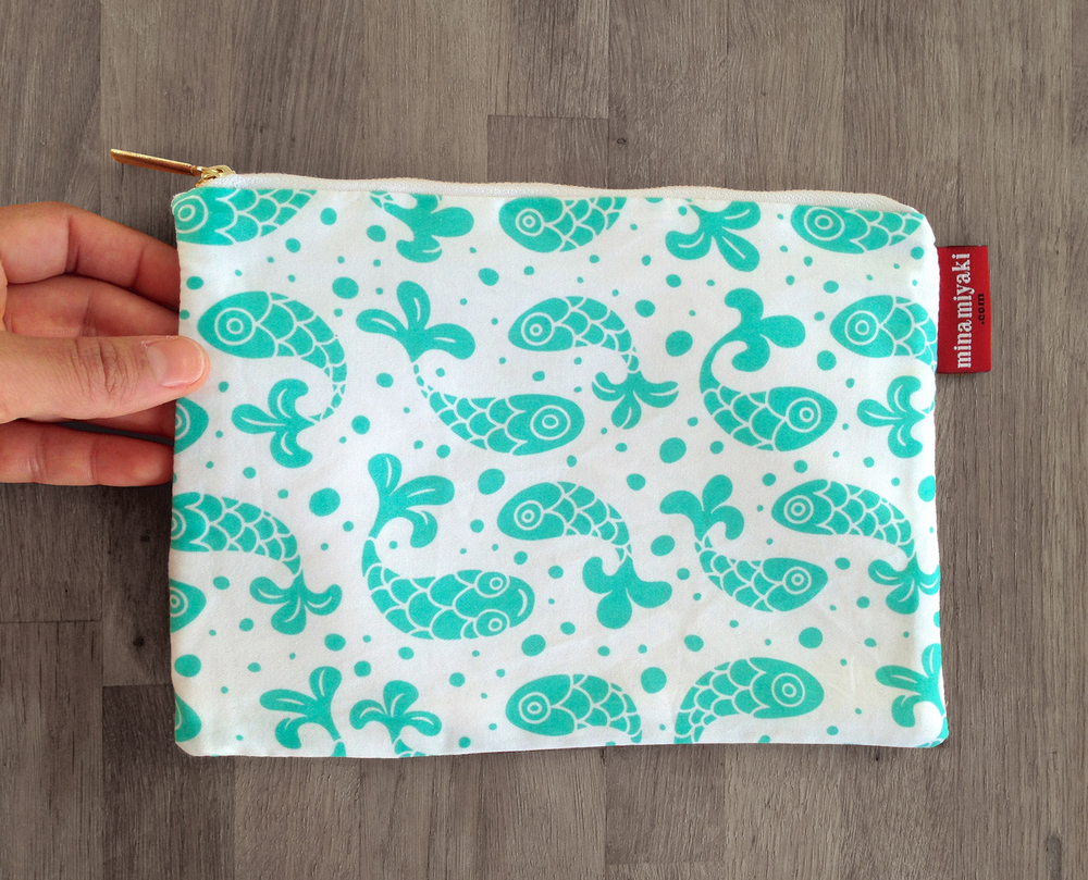 Bubble Fish Pouch in Mint SAMPLE SALE $15 SOLD OUT