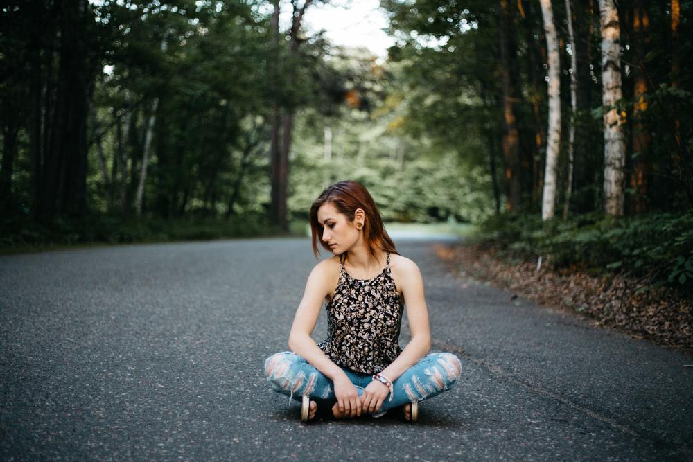 Modern portrait session by Brainerd MN high school senior photographer, Britt DeZeeuw