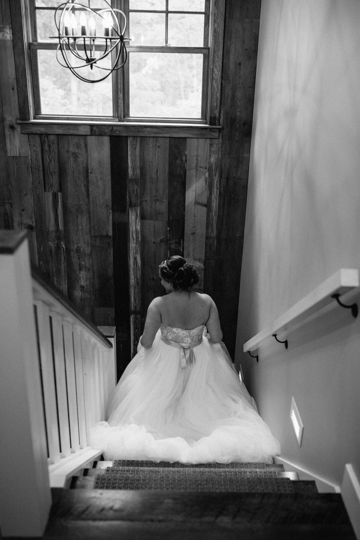 Photo by Britt DeZeeuw, Grand View Lodge wedding photographer