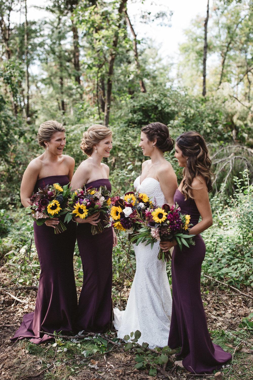 Minnesota wedding in the woods. Photography by Britt DeZeeuw, Grand View Lodge photographer.