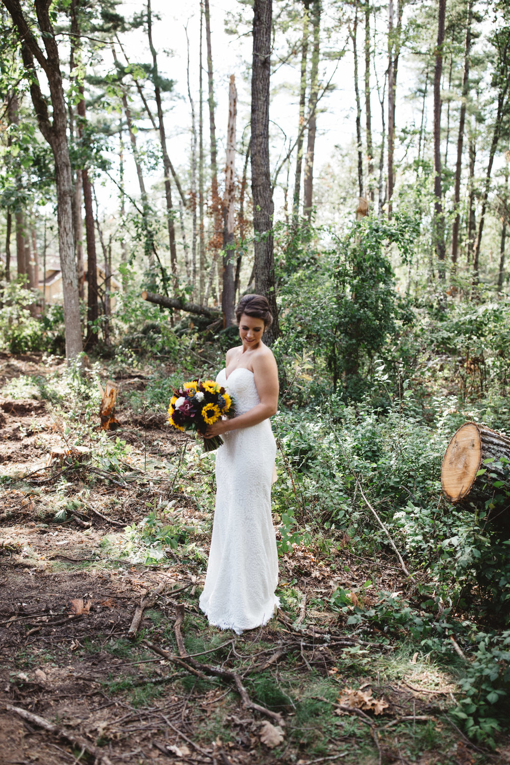 Romantic wedding in the forest. Photography by Britt DeZeeuw, Grand View Lodge photographer.