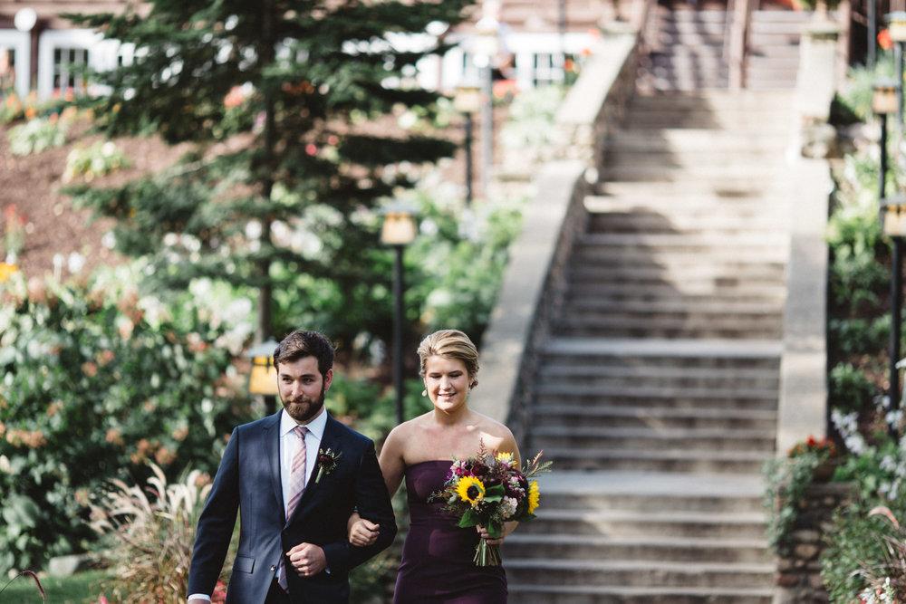 Grand View Lodge staircase wedding ceremony, photography by Britt DeZeeuw
