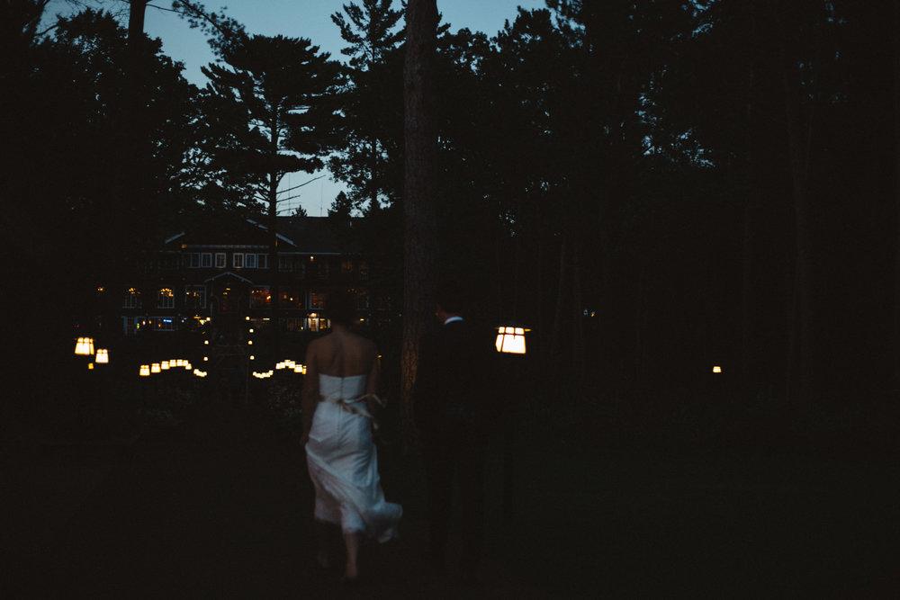 Unique wedding photography at Grand View Lodge by Britt DeZeeuw. Destination and elopement photographer.