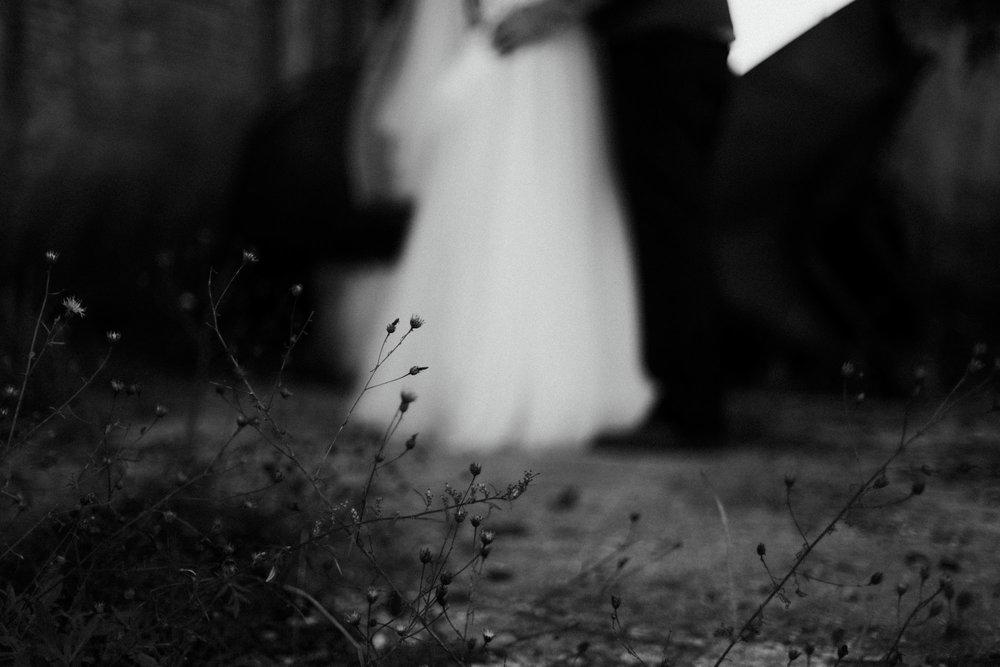 Modern wedding photography at the NP Event space by Britt DeZeeuw