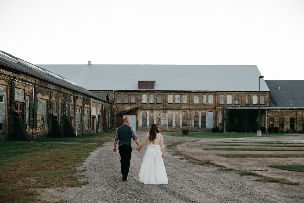 Warehouse wedding at the NP Event Space, photography by Britt DeZeeuw
