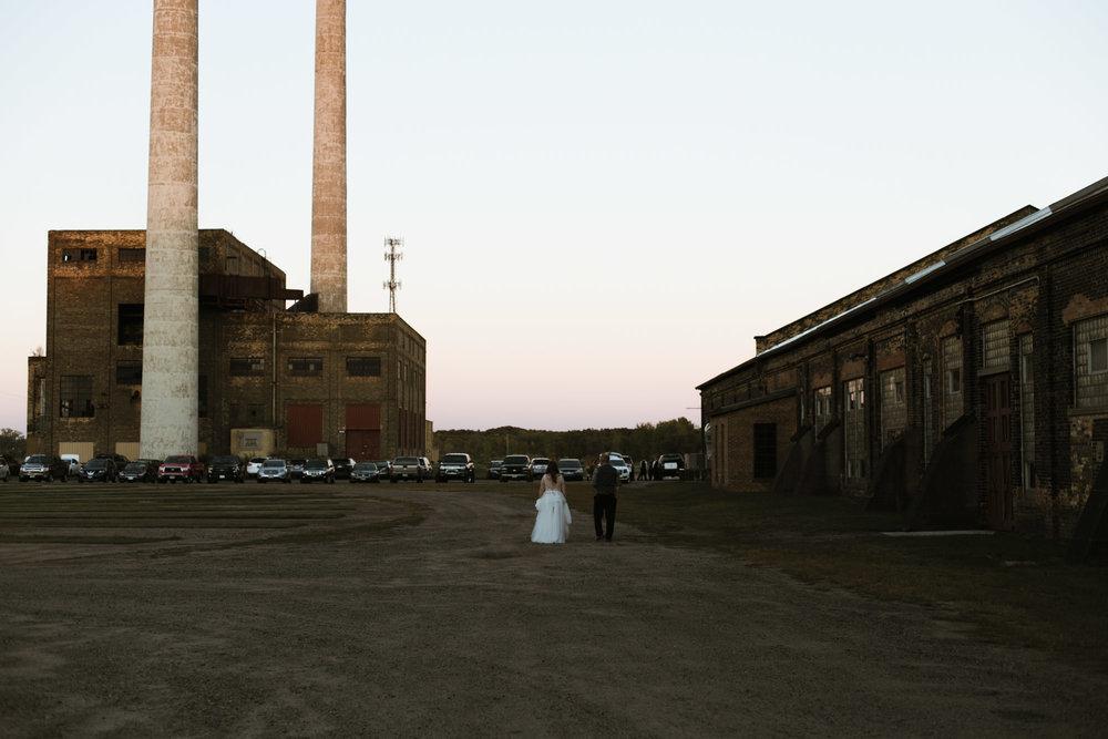 Warehouse wedding at sunset. Photography by Britt DeZeeuw, NP Event Space photographer.