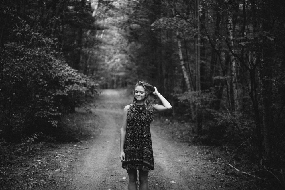 Authentic and creative high school senior portrait photography in Brainerd Minnesota by Britt DeZeeuw