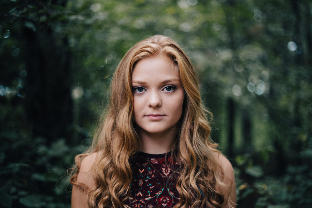 Editorial high school senior portrait session in the woods by Brainerd photographer Britt DeZeeuw
