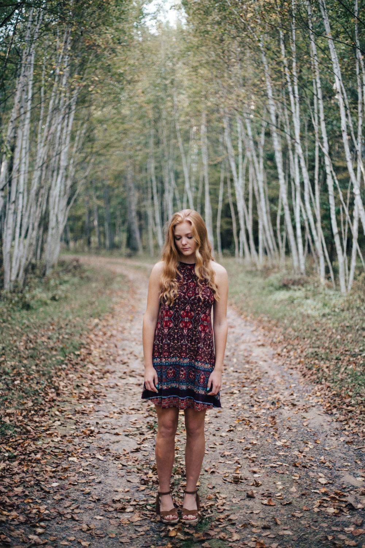 Fall outdoor senior portrait photography in Brainerd Minnesota, by Britt DeZeeuw