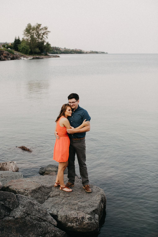 Romantic outdoor engagement session on lake Superior, photographed by Britt DeZeeuw- Duluth Minnesota modern wedding photographer