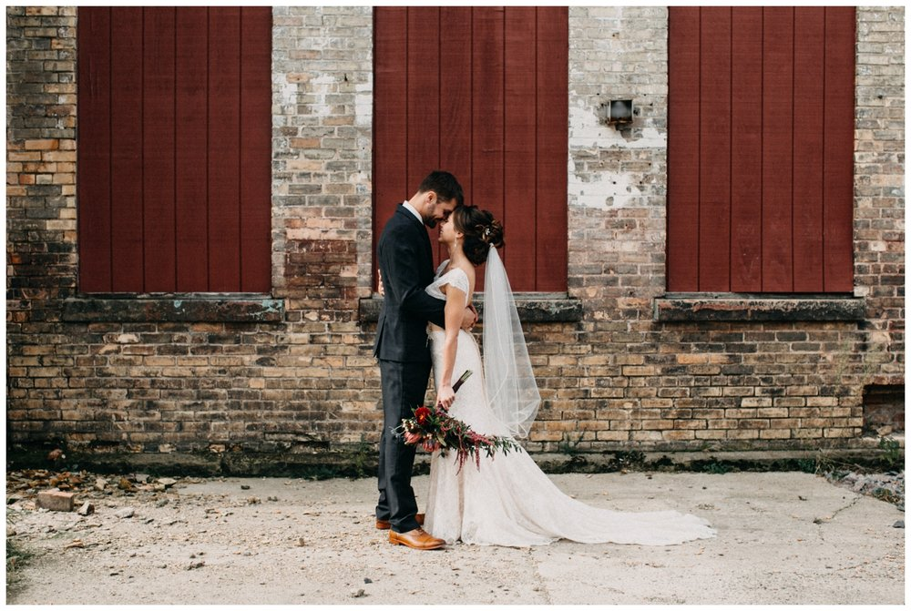 Romantic wedding at the NP Event Space by Britt DeZeeuw