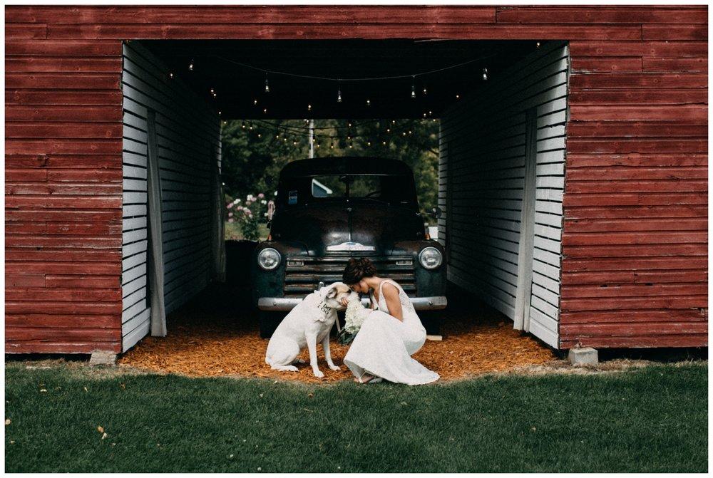 Rustic chic Brainerd Minnesota barn wedding photographed by Britt DeZeeuw