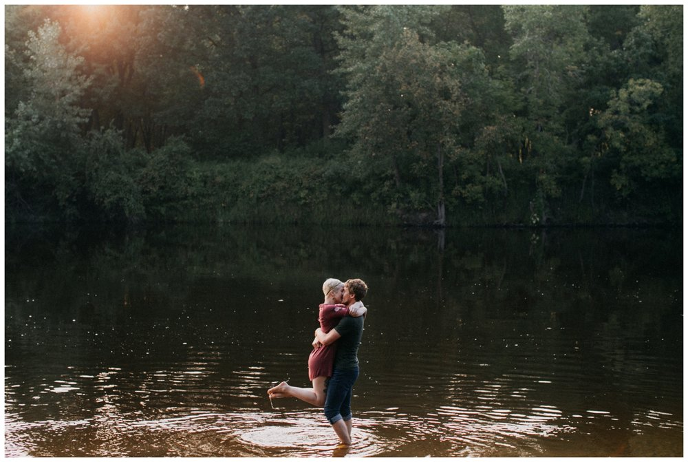 Rum River engagement session at sunset photographed by Britt DeZeeuw