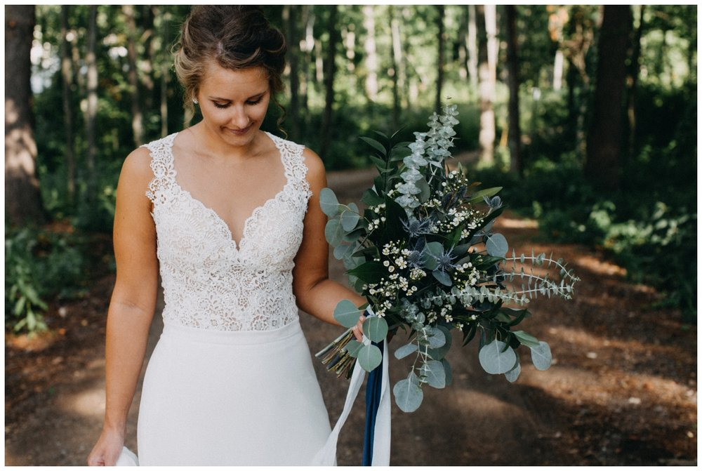 Intimate lakeside cabin wedding photographed by Britt DeZeeuw