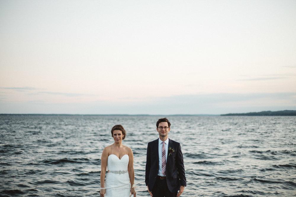 Grandview Lodge wedding on Gull Lake photographed by  Britt DeZeeuw