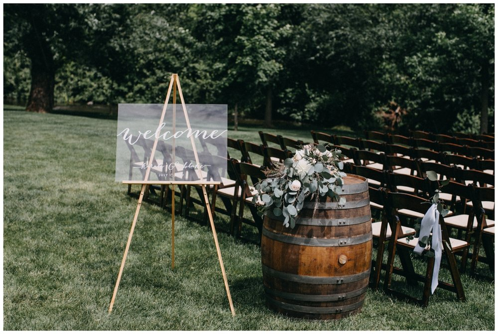 Sunny July wedding ceremony at Creekside Farm in Rush City, MN photography by Britt DeZeeuw