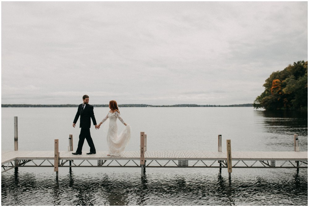 Minnesota lakeside wedding at the Quarterdeck Resort