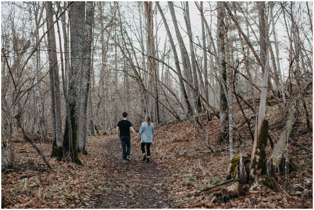Natural and organic engagement session in the woods by Brainerd Photographer Britt DeZeeuw