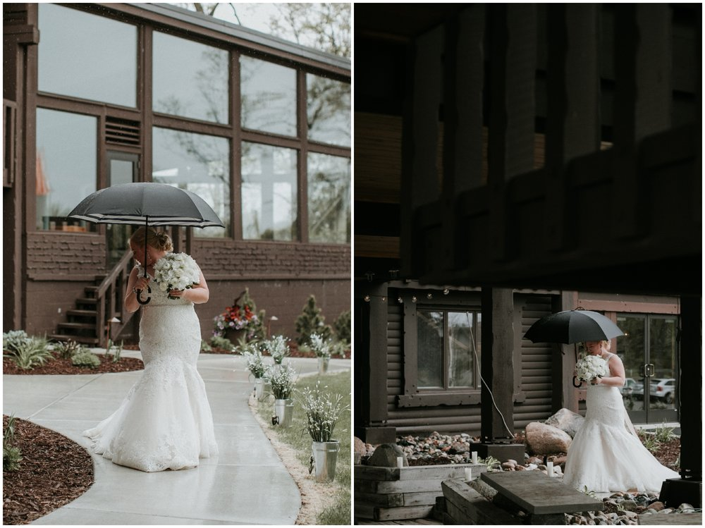 Madden's Resort rainy spring wedding day photographed by Britt DeZeeuw
