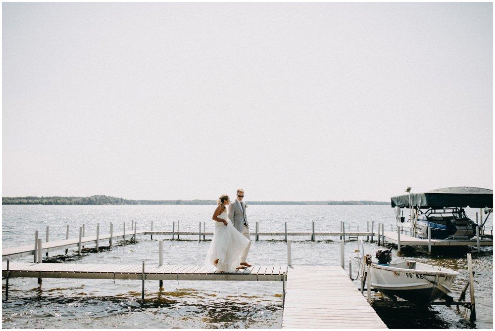 Cabin wedding on Lower Whitefish lake in Pine River Minnesota