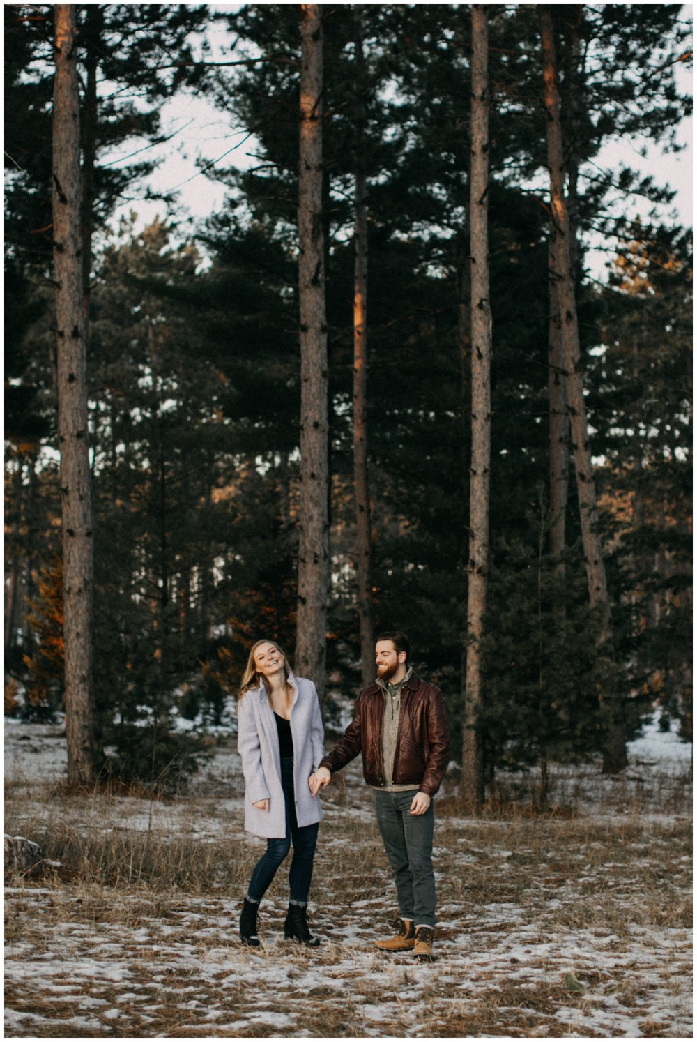 Outdoor, MN winter engagement session photographed by Britt DeZeeuw