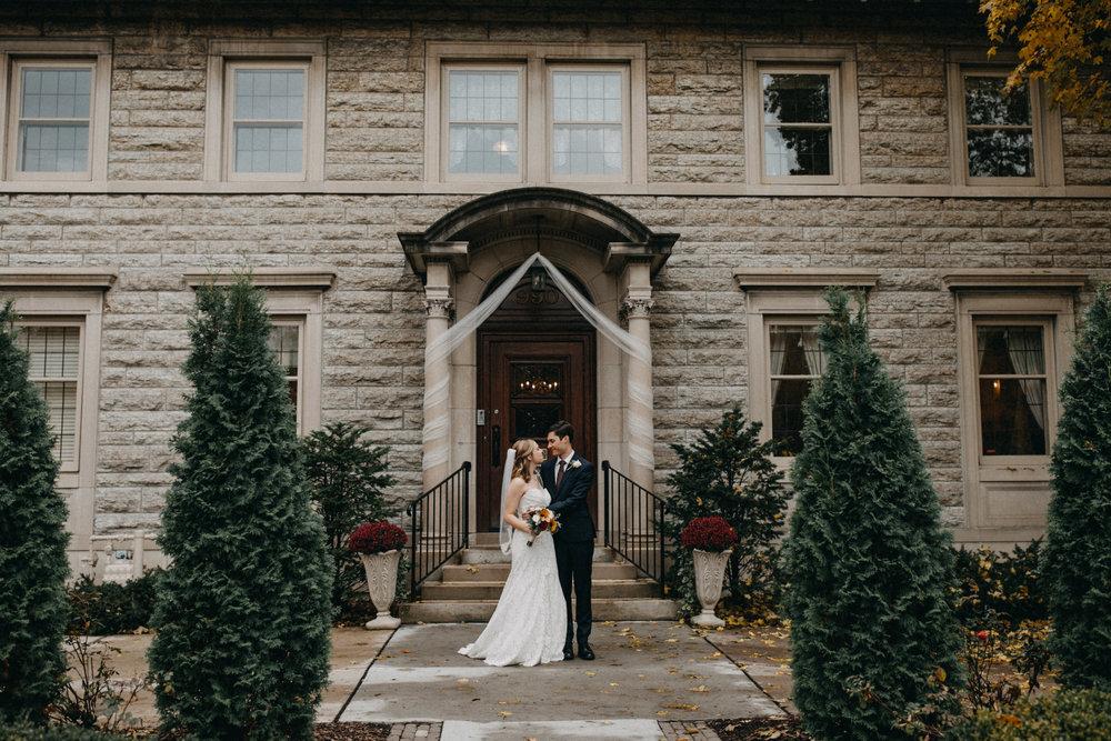 St Paul College Club wedding photographed by Britt DeZeeuw