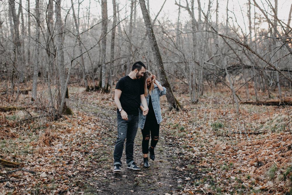 Spring engagement session in the woods by Brainerd Minnesota photographer Britt DeZeeuw