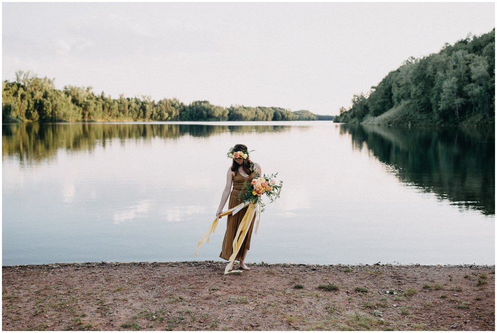 Alternative boho bridal inspiration by Brainerd MN fine art portrait photographer Britt DeZeeuw