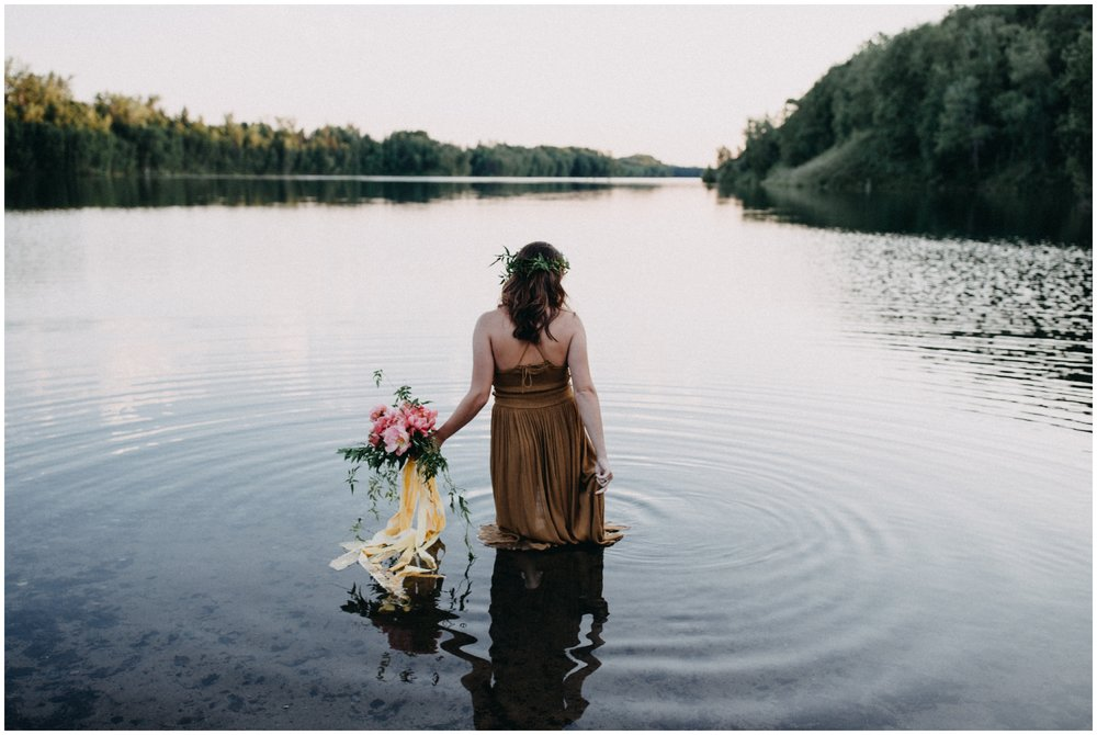 Fine art portrait session in the water photographed by Britt DeZeeuw